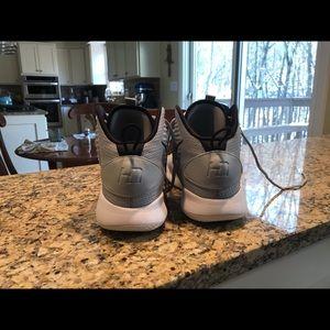 Nike Shoes - Nike Men's 9.5 2018 hyper dunk basketball shoes